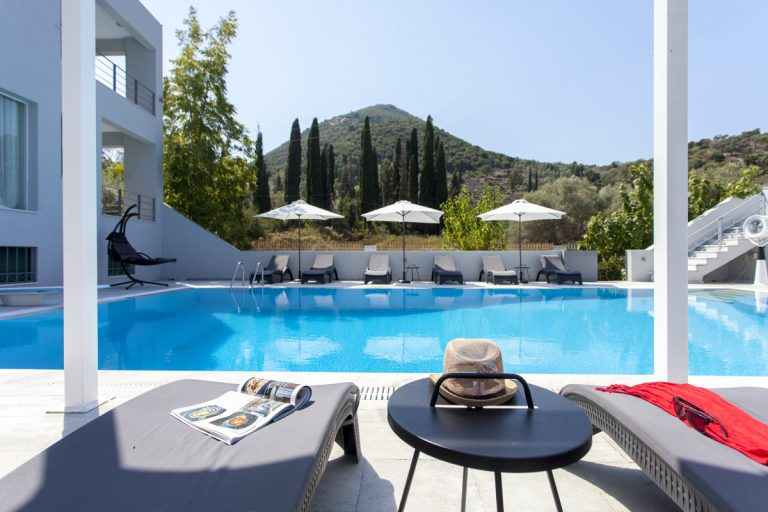 villa boat house in lefkada is a unique place for your holiday in greece