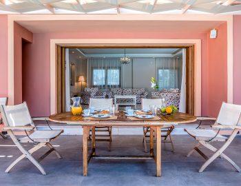 agios-ioannis-villas-lefkada-greece-accommodation-outdoor-dining-setting.jpg