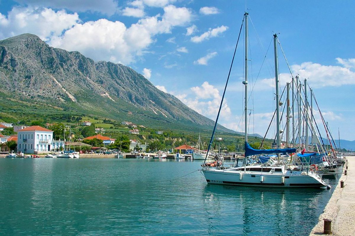 paleros-greece-harbour-sailing-boats