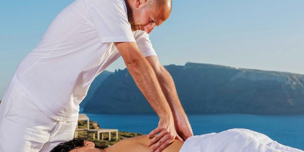 private-massage-in-villa-luxury-experiences-on-lefkada-01