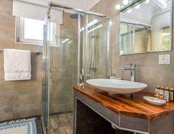 vasiliki-cottages-villa-katsiki-adults-only-accommodation-greece-luxury-bathroom