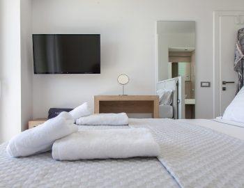 villa-achilles-sunset-sivota-epirus-greece-bedroom-luxury.jpg