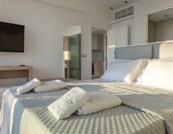 villa-achilles-sunset-sivota-epirus-greece-luxury.jpg