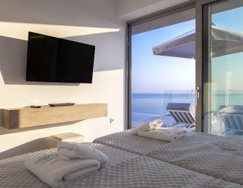 villa-achilles-sunset-sivota-epirus-greece-twin-bedroom-with-sea-view.jpg
