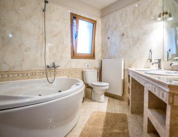 villa-agios-ioannis-lefkada-greece-accommodation-bathroom-with-bath-tub.jpg