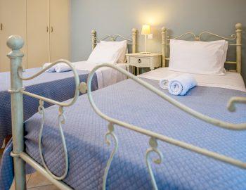 villa-agios-ioannis-lefkada-greece-accommodation-twin-bedroom.jpg