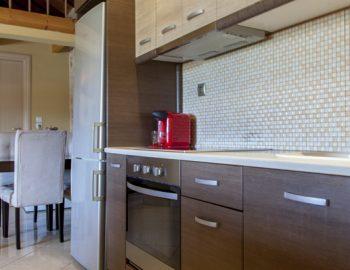 villa-alexandros-tsoukalades-lefkada-greece-kitchen-with-oven