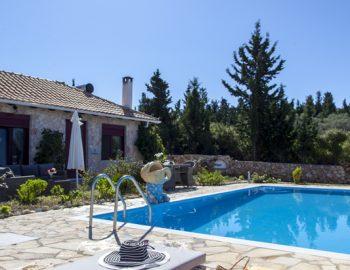 villa-alexandros-tsoukalades-lefkada-greece-sun-bathing-area