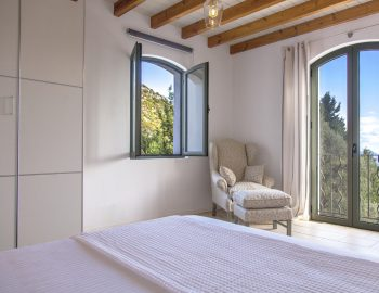 villa-amadeus-poros-lefkada-greece-double-bedroom-with-sea-view