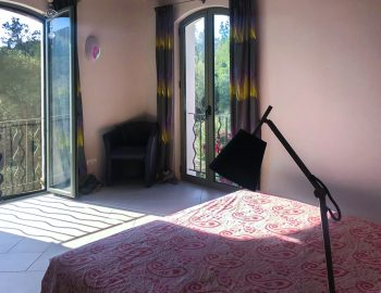 villa-amadeus-poros-lefkada-greece-upstairs-double-bedroom-with-mountain-view