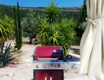 villa-amadeus-poros-mikros-gialos-lefkada-greece-fully-equipped-bbq