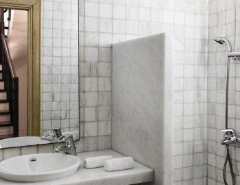 villa-amvrosia-agios-lazaros-mykonos-greece-bathroom-with-shower