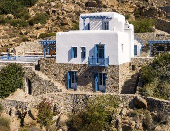 villa-amvrosia-agios-lazaros-mykonos-greece-blue-and-white-architecture