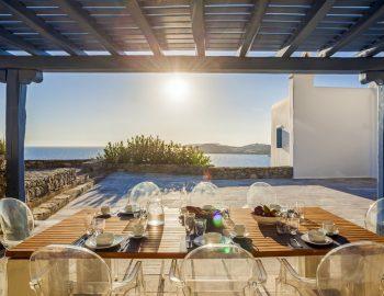 villa-amvrosia-agios-lazaros-mykonos-greece-outdoor-dining