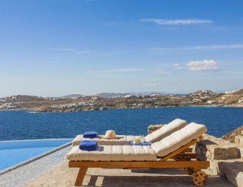 villa-amvrosia-agios-lazaros-mykonos-greece-sunbed-luxury-with-infinity-pool