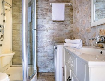 villa-anemus-sivota-lefkada-greece-family-bathroom-with-shower