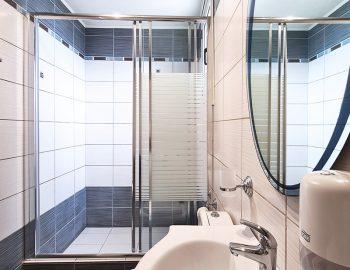 villa anemus sivota lefkada greece master bedroom with bathroom