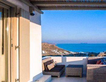 villa-assa-mykonos-greece-cyclades-islands-private-balcony
