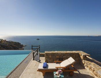 villa-athina-agios-lazaros-mykono-greece-cover-photo