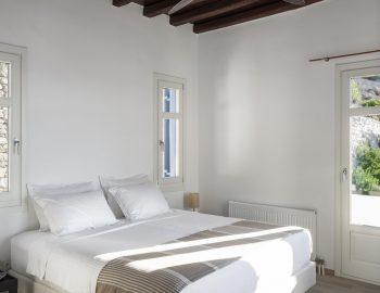 villa-athina-agios-lazaros-mykono-greece-double-bedroom-with-mountain-view