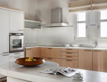 villa-athina-agios-lazaros-mykono-greece-fully-equipped-kitchen