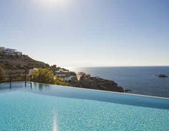 villa-athina-agios-lazaros-mykono-greece-infinity-pool-feature