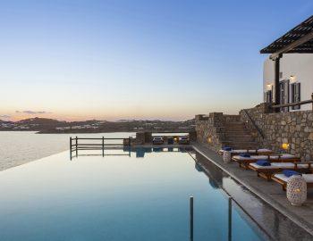 villa-athina-agios-lazaros-mykono-greece-infinity-pool-with-sunset