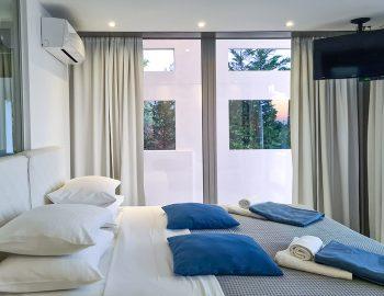 villa blue infinity syvota epirus greece double bedroom