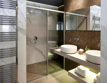 villa-christina-sivota-epirus-greece-bathroom.jpg