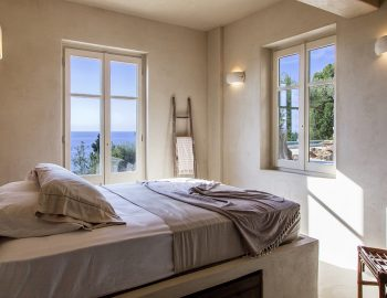 villa-da-lula-agios-nikitas-lefkada-double-bedroom-with-sea-view.jpg