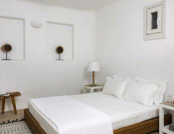 villa-dafni-agios-lazaros-mykonos-greece-double-bedroom-luxury-accommodation