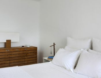 villa-dafni-agios-lazaros-mykonos-greece-double-bedroom-luxury