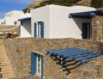 villa-dafni-agios-lazaros-mykonos-greece-entrance-view