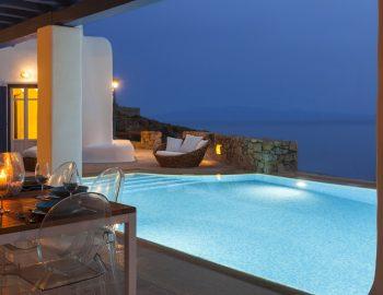 villa-dafni-agios-lazaros-mykonos-greece-evening-dining