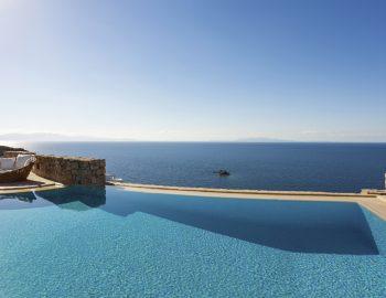 villa-dafni-agios-lazaros-mykonos-greece-infinity-pool-aegean-horizon