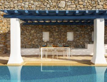 villa-dafni-agios-lazaros-mykonos-greece-outdoor-luxury-with-traditional-pergola