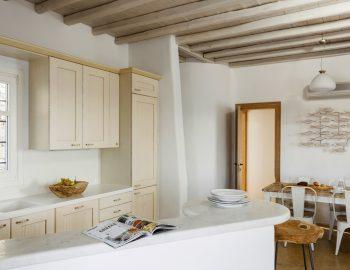 villa-dafni-agios-lazaros-mykonos-greece-traditional-kitchen-and-dining-areas