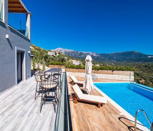 villa-drakatos-ostria-vasiliki-lefkas-pool-with-mountain-view