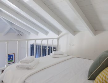 villa-endless-blue-kalamitsi-lefkada-greece-loft-double-bedroom