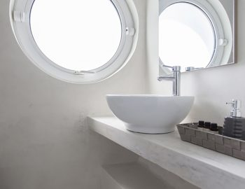 villa-ferry-boat-geni-lefkada-greece-bathroom-open-plan