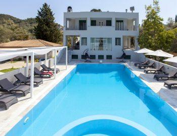 villa-ferry-boat-geni-lefkada-greece-exterior-privacy-pool-patio