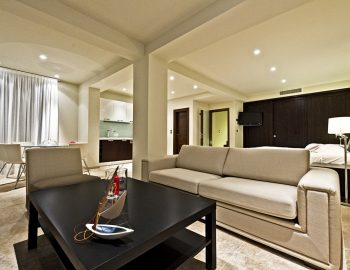 villa-giulia-karvouno-beach-sivota-epirus-greece-indoor-dining