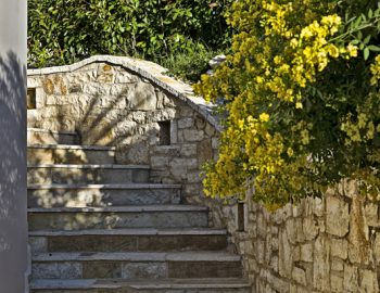 villa-giulia-karvouno-beach-sivota-epirus-greece-outdoor-stone-feature