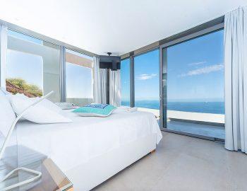 villa-glass-sivota-euripus-bedroom-master