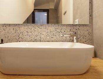 villa-idanos-dessimi-lefkada-greece-bathroom-feature