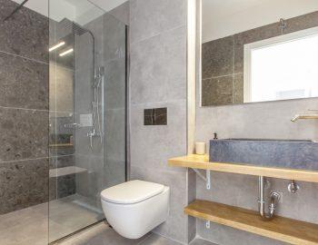villa-idanos-dessimi-lefkada-greece-family-bathroom
