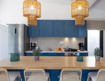 villa-idanos-dessimi-lefkada-greece-fully-equipped-kitchen-with-bench-island