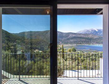 villa-idanos-dessimi-lefkada-greece-ground-level-indoor-outdoor-experience