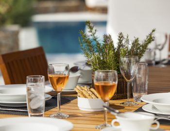 villa-irene-agios-lazaros-mykonos-greece-dining