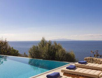 villa-irene-agios-lazaros-mykonos-greece-sunbeds-by-the-pool